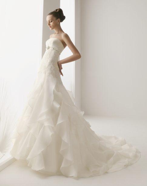 innovias | vestido de novia valladolid de innovias venta outlet volantes