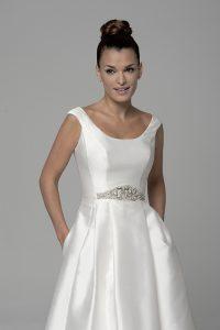 Adele-3-200x300 Escotes de vestidos