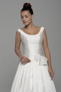 Agnes-2-200x300 Escotes de vestidos
