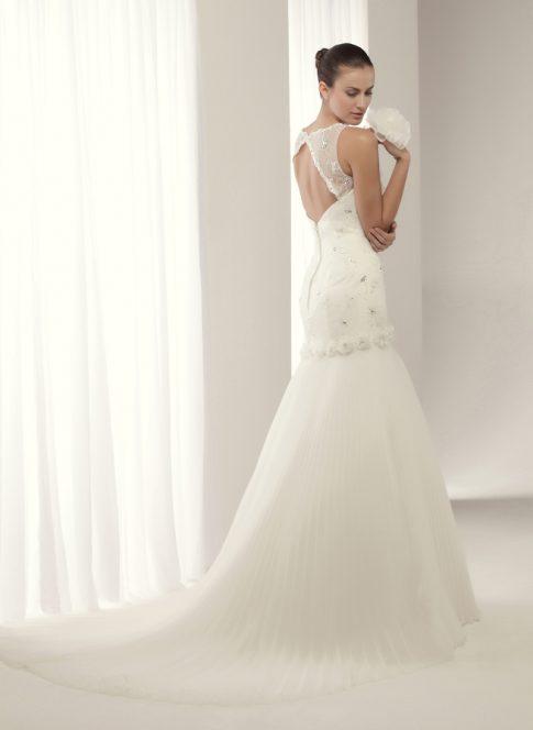 innovias | vestido de novia baker de innovias venta outlet espalda