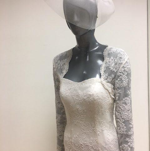 chaqueta-bolero-novia-casandra-480x485 Complementos