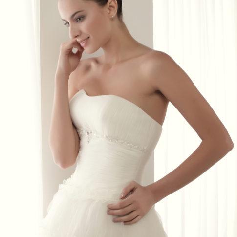 escote-vestido-novia-Alegria-485x485 Estilo Princesa - Venta Outlet