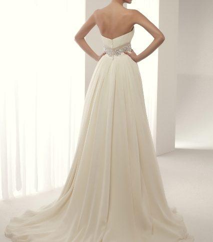 espalda-vestido-novia-Avalon-426x485 Estilo Clasico Innovias – Linea Plata