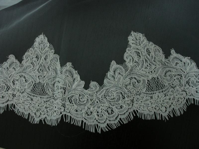Velo de novia tul de seda con encaje rebrodé 9050