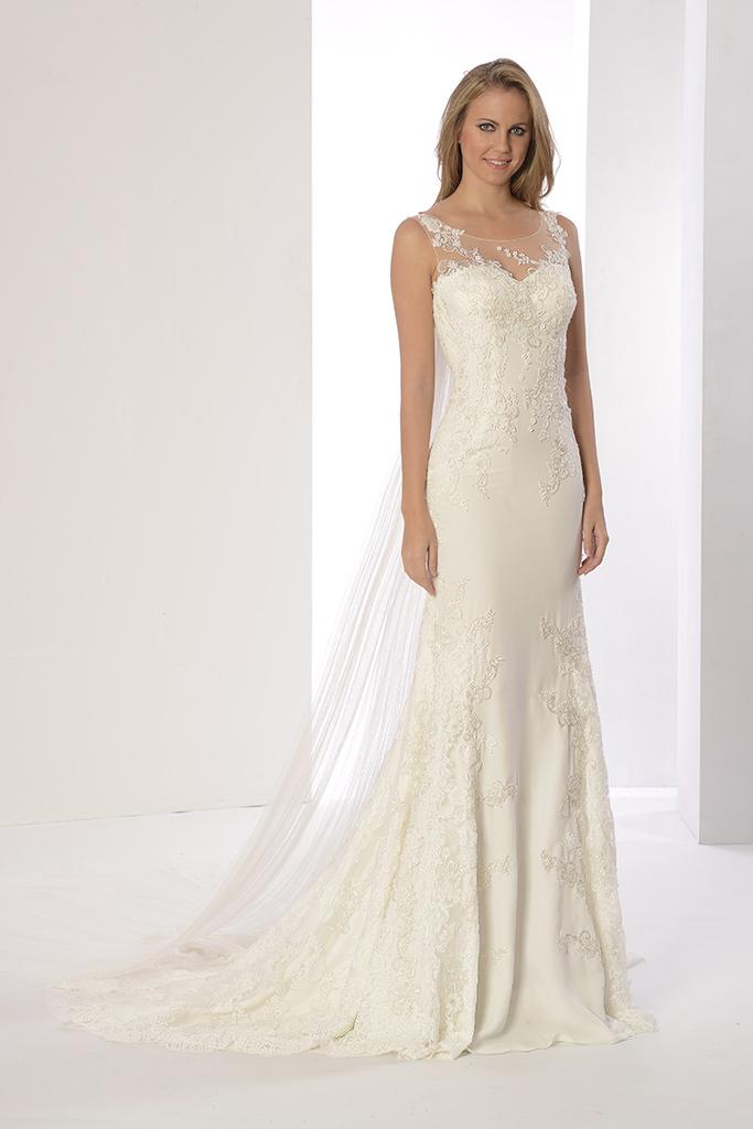paula-innovias-a-2 Pruebas de arreglos del vestido de novia