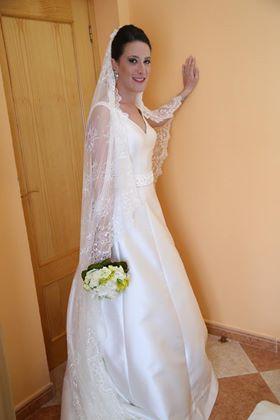 ester-bajo-vestido-novia-aera Novias Innovias